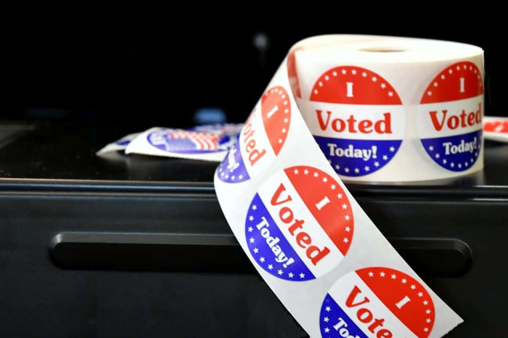 i-voted-today-stickers-that-are-handed-out-on-election-day-to-citizens-who-have-exercised-their_t20_rRwQQb